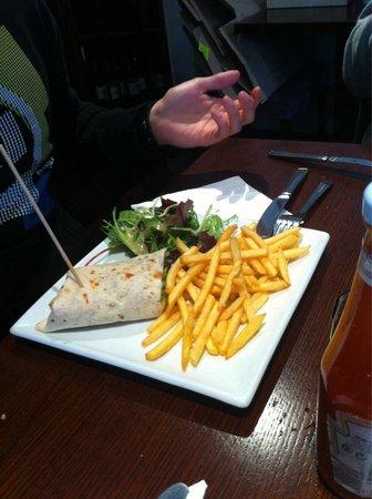 McGovern's Restaurant: Day special - chicken wrap