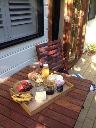 Cavvanbah Beach House: Great breakie!