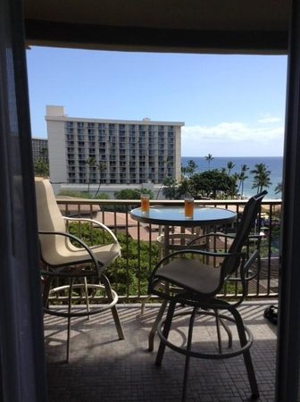 Aston at The Whaler on Kaanapali Beach : Our lanai and view