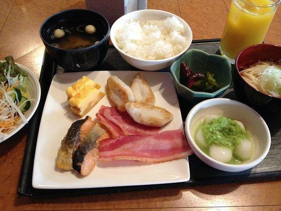 Holiday Inn ANA Sendai : 朝食