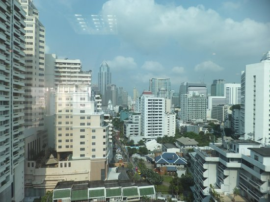 Adelphi Suites Bangkok : view from top
