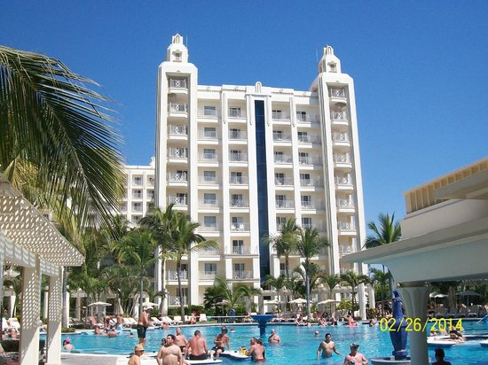 Hotel Riu Vallarta : View of the Riu Vallarta