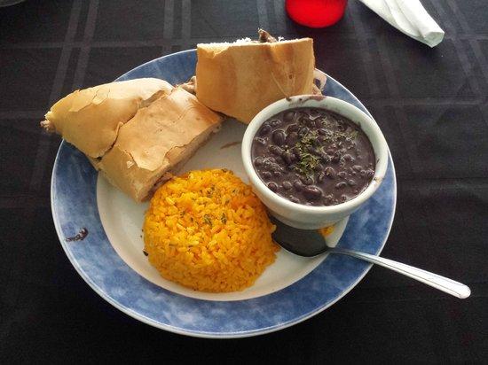 Mambo's Restaurant: Pork sandwich