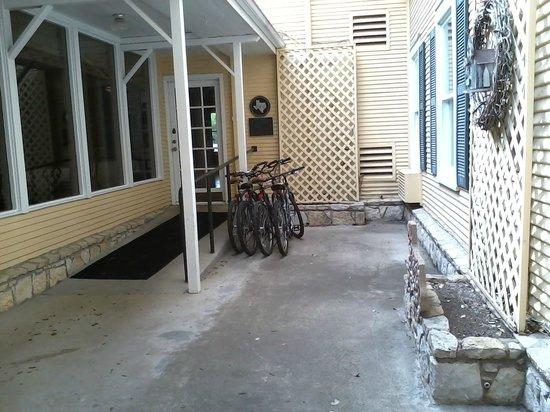 Inn on the River: bikes to borrow!
