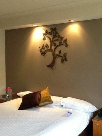 Esplanade Hotel Fremantle - by Rydges : large comfy bed