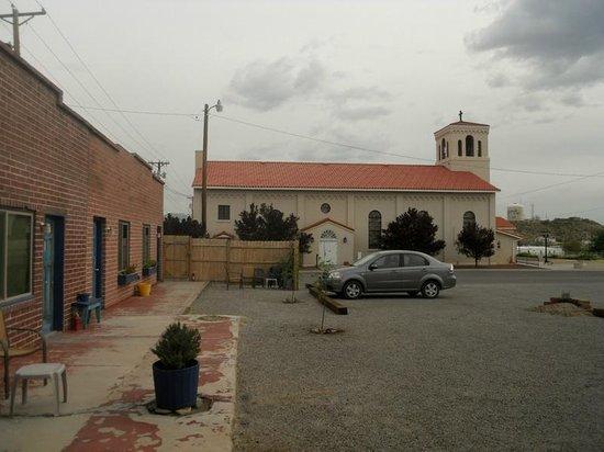 Rocket Inn: View towards the church.