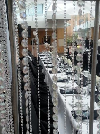 Inn at Laurel Point: Head table