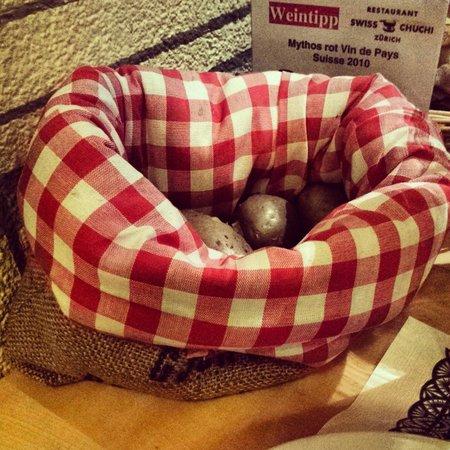 Restaurant Swiss Chuchi: Cestino di patate