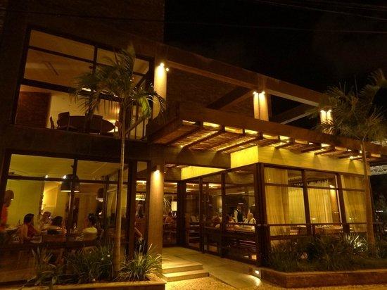 La Tavola: Fachada do restaurante