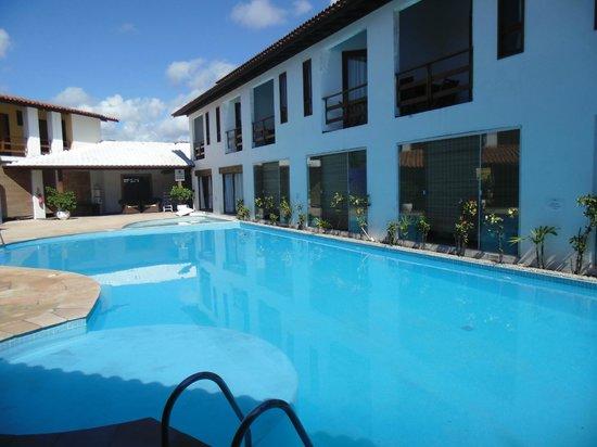 Resort La Torre: Piscina da área do spa e academia.