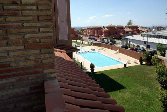 Hotel Granada Palace : piscinas
