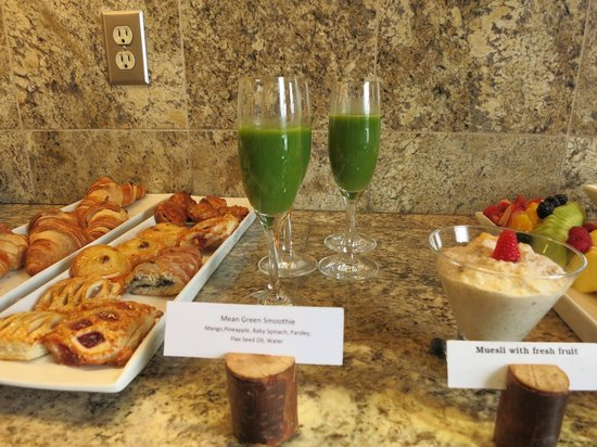 Delicious Smoothie Picture Of Fairmont Chateau Lake Louise