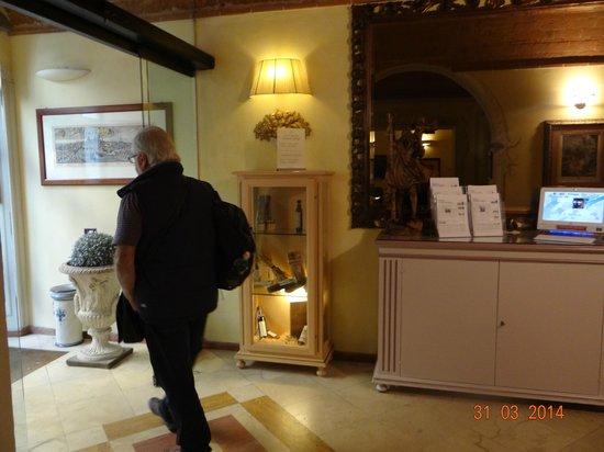 Bologna Hotel Pisa : lobby