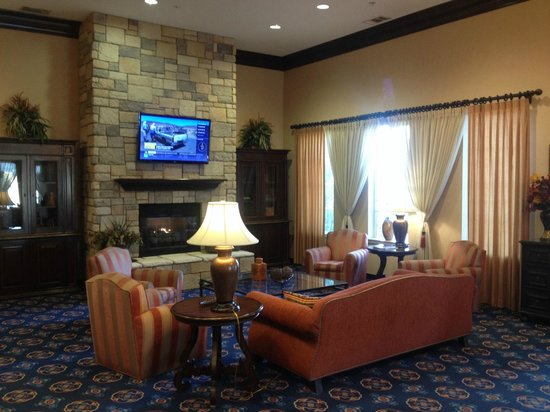 Residence Inn Abilene: Lobby area near the front desk.
