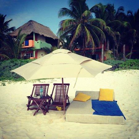 Nueva Vida de Ramiro: beach mattress