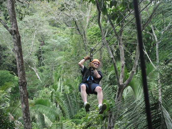 Charlie's Cave Tubing Tours: Zip-lining through the jungle