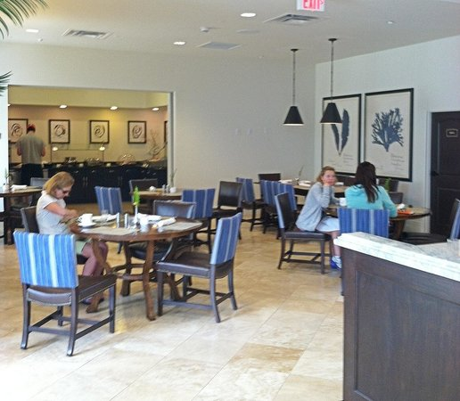 The Inn at Sea Island: Breakfast area