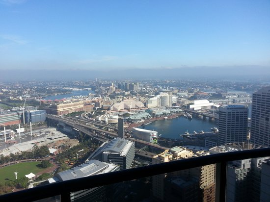 Meriton Suites Kent Street, Sydney: Great view!