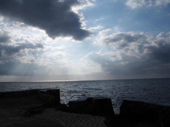 Samsara Cliffs Resort: the view