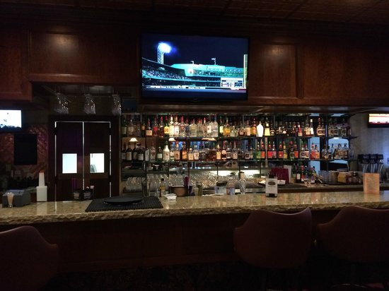 Eilers : The bar