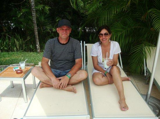 Ocean Breeze Riviera Maya Hotel: à beira da piscina do Ocean Breeze