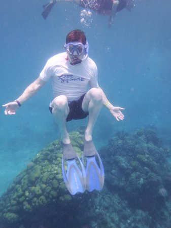 Chankanaab Beach Adventure Park: Snorkeling off the beach