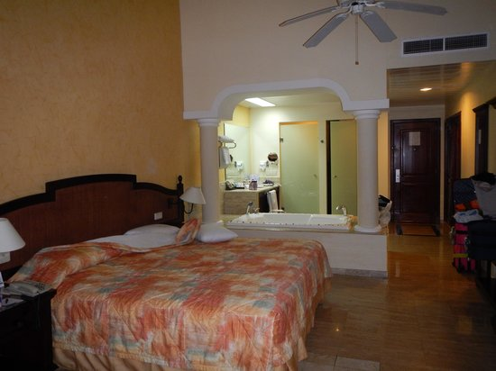 Grand Palladium White Sand Resort & Spa : room