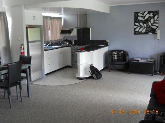 Aataren Norfolk Island Villas: Kitchen area