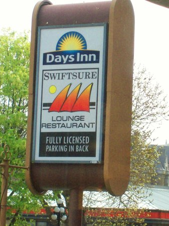 Days Inn - Victoria on the Harbour: Hotel Restaurant