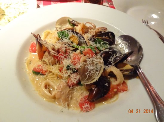 Pazzo: Seafood Pasta of the Day