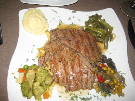 Hunkar begendi seten anatolian cuisine g reme resmi for Anatolian cuisine