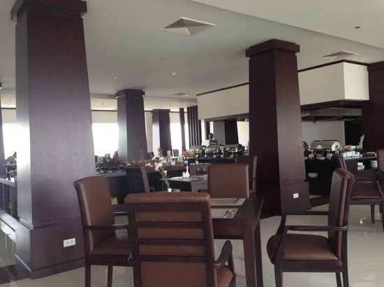 Cherish Hotel: Restaurant where breakfast is served