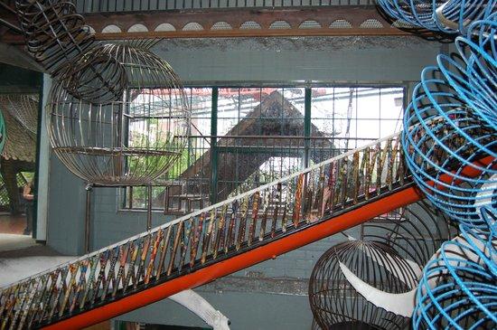 City Museum: Maze of climbing