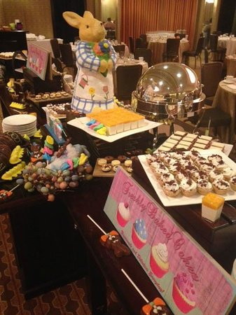 Quattro at Four Seasons Houston: It is Easter heaven dessert buffet!