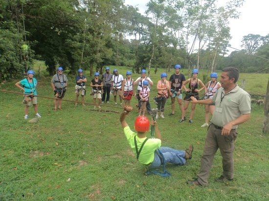 Costa Rica Fun Adventures: Group instructions