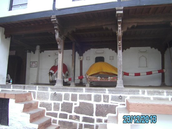 Queen's Fort: PALANQUIN USED BY QUEEN