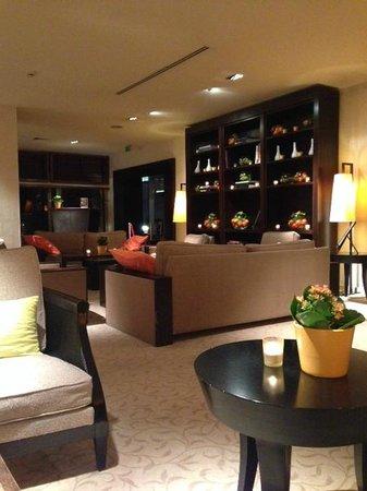 Columbus Monte-Carlo: Lobby