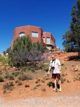 Sedona Cathedral Hideaway: mr. ford :)