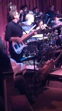 Birdland : Tommy and his bass player