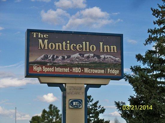 The Monticello Inn: Sign