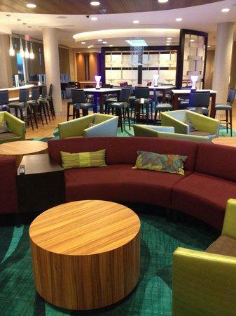 SpringHill Suites Voorhees Mt. Laurel/Cherry Hill : Lobby Seating