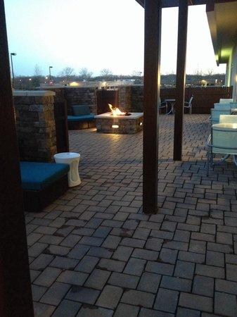 SpringHill Suites Voorhees Mt. Laurel/Cherry Hill : Outdoor patio