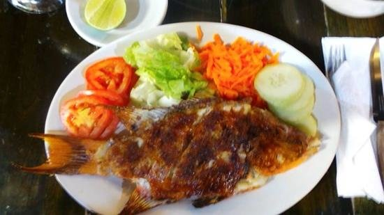 Amigos : Fresh fish with garlic. Mouthwatering stuff, highly recommended!