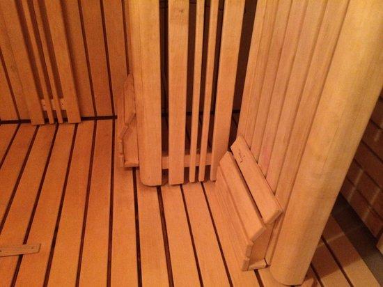 Auberge du Jeu de Paume : Comfy and clean sauna