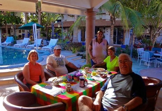 Hacienda Paraiso de La Paz Bed and Breakfast/Inn : Yummy Breakfast at the Hacienda