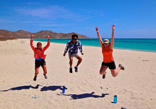 Hacienda Paraiso de La Paz Bed and Breakfast/Inn: Jumping for joy for La Paz