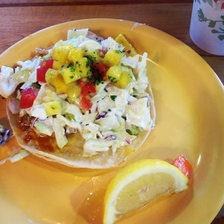 Coconut's Fish Cafe: Fish taco