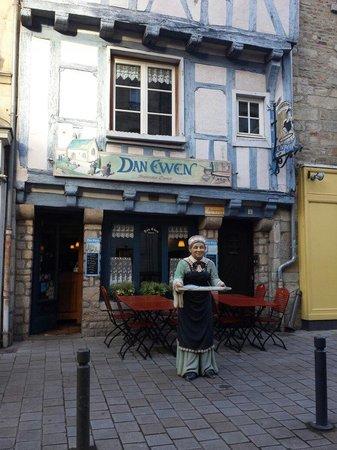 Dan Ewen : Décoration authentique !