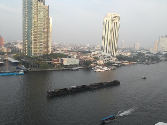 Shangri-La Hotel,Bangkok : River view from Krungthep Wing