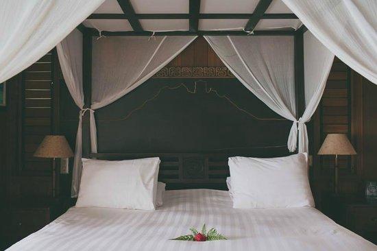 Conrad Bora Bora Nui: Water bungalow - bedroom